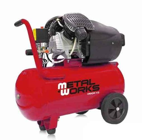 3cv air compressor. 2 cylinders / 2 stages 50 liters